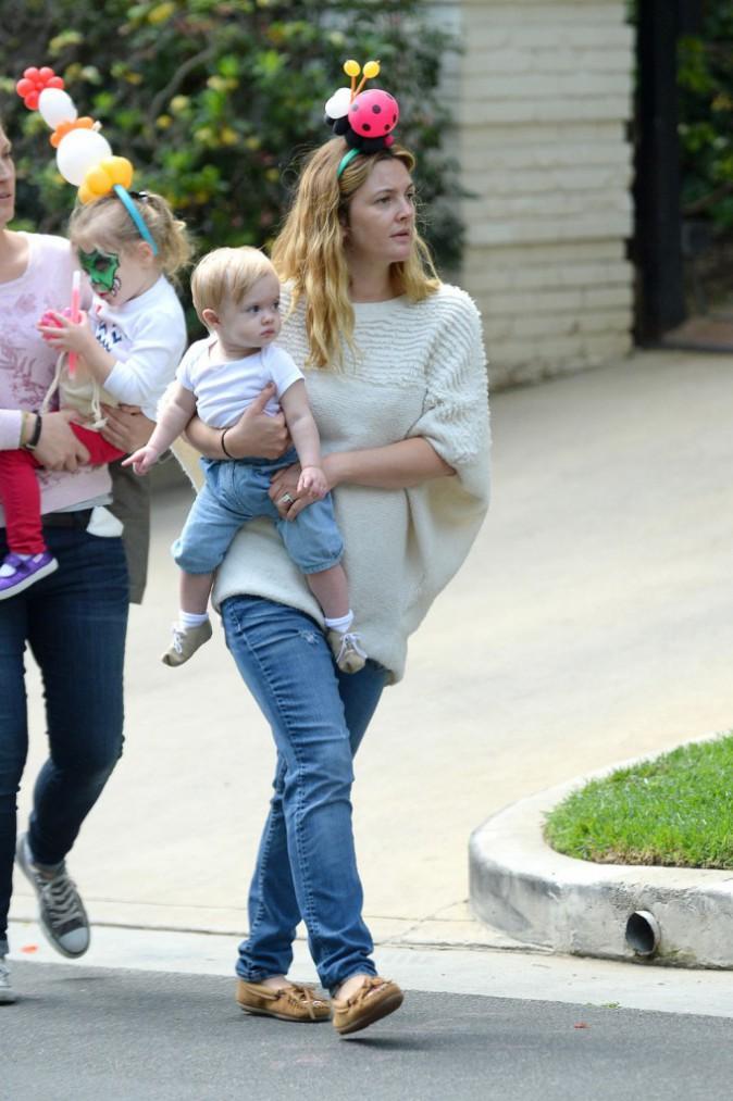 Photos : Drew Barrymore : une maman qui sait faire la fête avec ses fillettes !