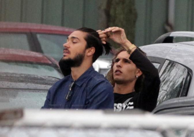 Julien et Eddy sur le tournage des Anges 6 à Sydney le 16 février 2014