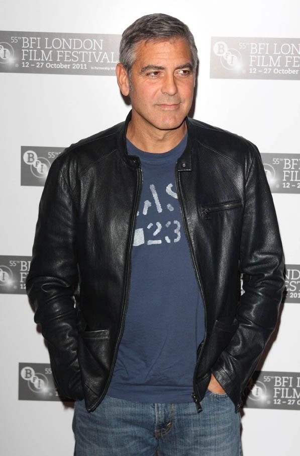 Même en version cool, George Clooney a toujours su se tenir