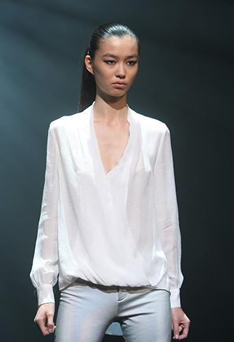 Estelle lors de la finale Elite Model Look France 2013 à Paris le 17 octobre