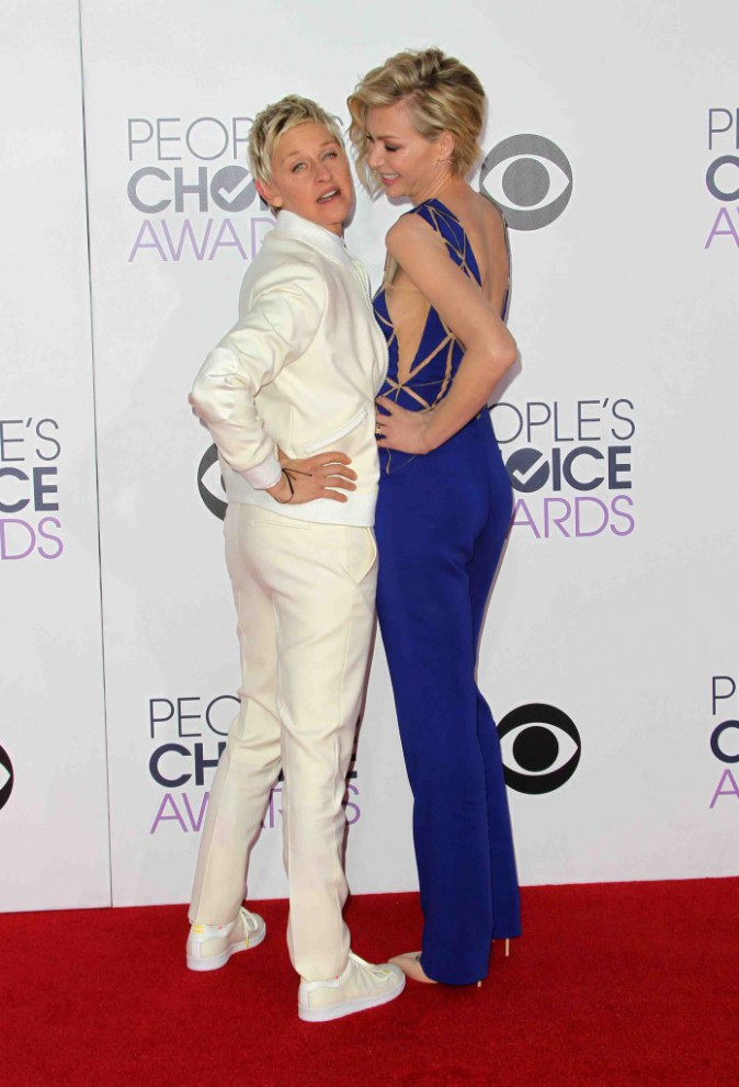 Ellen DeGeneres : sur le tapis rouge, elle n'a d'yeux que pour sa femme !