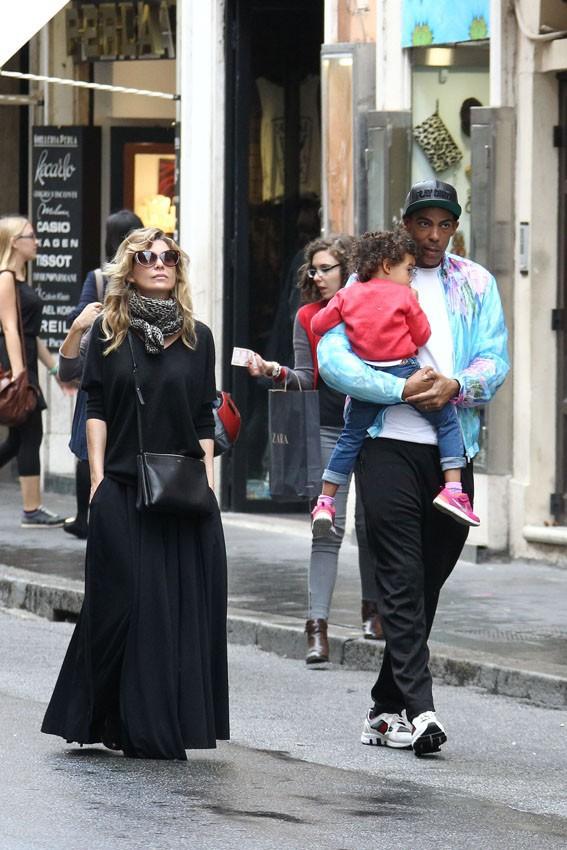 Ellen Pompeo en famille à Rome le 7 octobre 2013