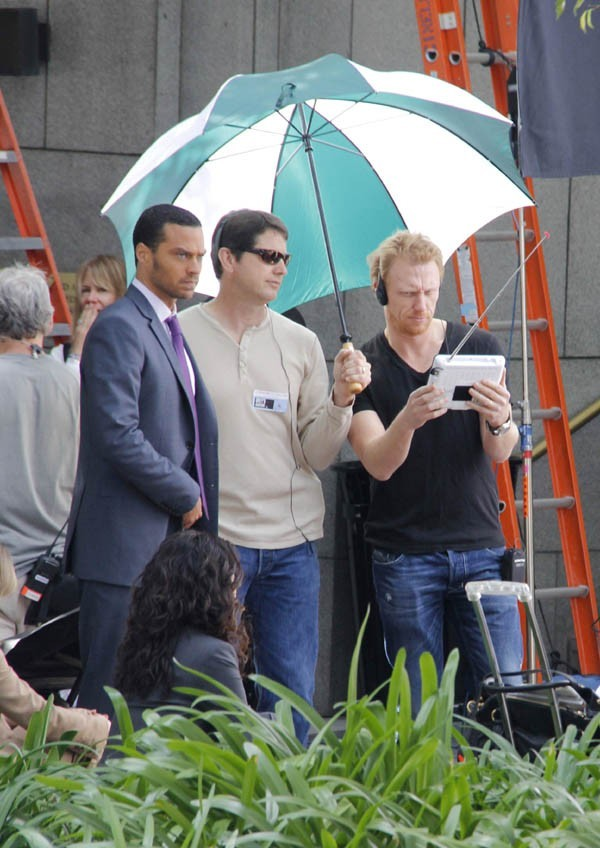 Kevin McKidd supervise le tournage !