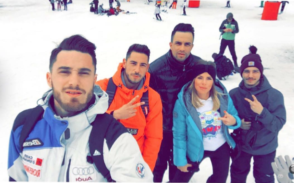 Photos : Émilie Fiorelli (SS9) : heureuse au ski avec son chéri !