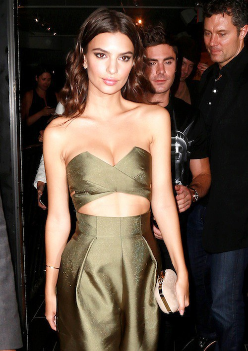 "Photos : Emily Ratajkowski : la bombe qui dort ""totalement nue"" émoustille New Work !"