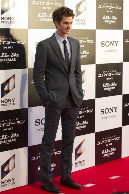 Andrew Garfield lors de la première mondiale du film The Amazing Spider-man à Tokyo, le 13 juin 2012.