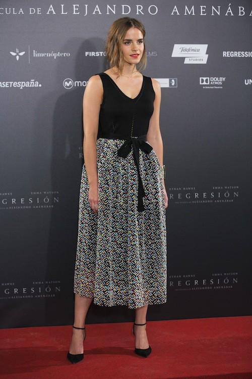 Photos : Emma Watson égérie glamour pour son nouveau film !