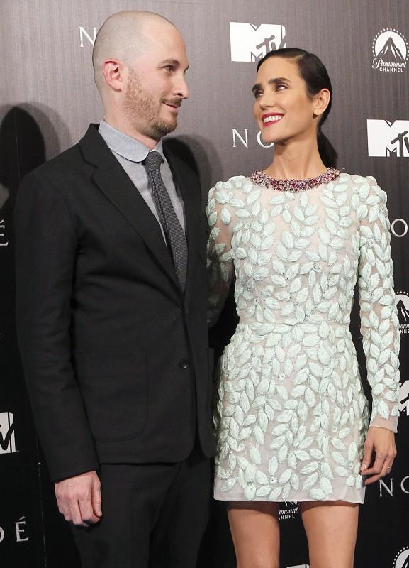 """Darren Aronofsky et Jennifer Connelly lors de la première de """"Noah"""", le 17 mars 2014."""