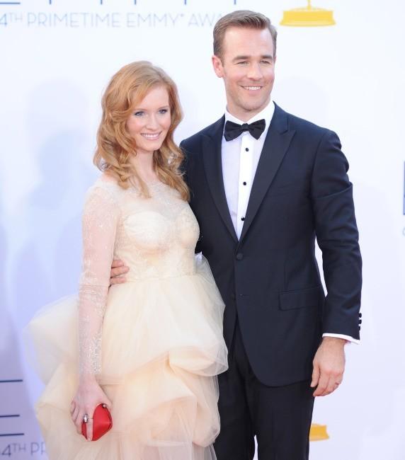James Van Der Beek et Kimberly Brook lors des Emmy Awards à Los Angeles, le 23 septembre 2012.