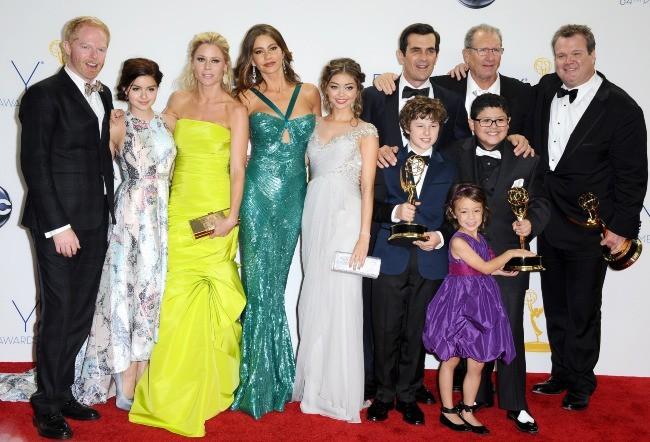 """Le casting de """"Modern Family"""" lors de la 64e cérémonie des Emmy Awards à Los Angeles, le 23 septembre 2012."""