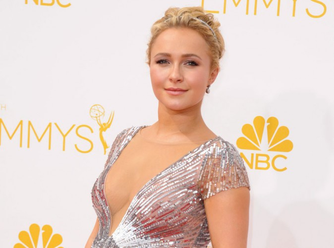 Photos : Emmy Awards 2014 : Hayden Panettiere : future maman éblouissante, elle dévoile le sexe de son bébé...