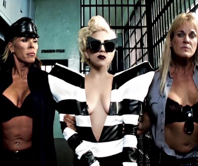 Lady Gaga dans Téléphone