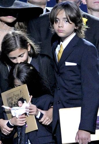 Photos : Enfants de Michael Jackson : Que deviennent-ils vraiment ?