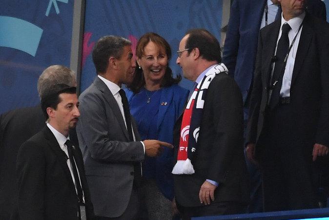 Le Président François Hollande et son ex femme Ségolène Royal étaient là pour soutenir les Bleus