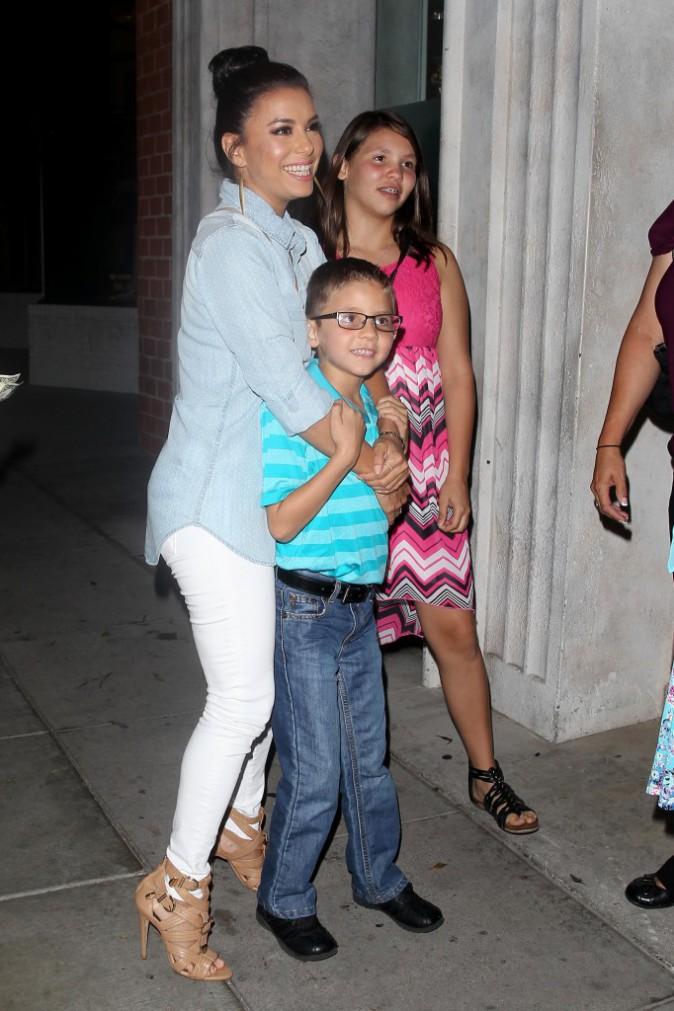 Eva Longoria : En mode super-tata, elle assure !