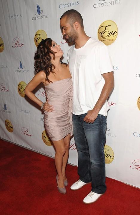 Eva Longoria et Tony Parker lors de la soirée d'anniversaire du basketteur au Eve Night Club à Las Vegas, le 29 mai 2010.