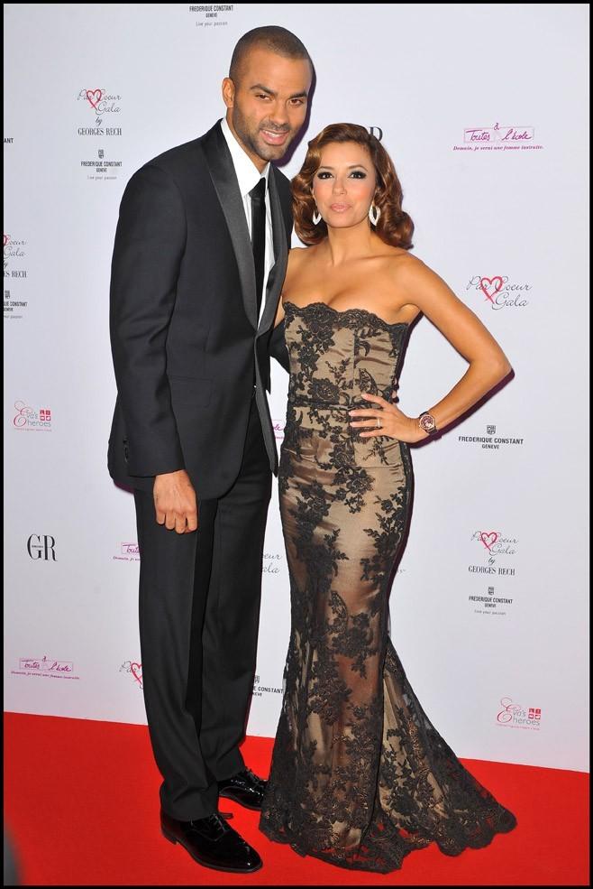 """Eva Longoria et Tony Parker lors du """"Par Coeur Gala"""" à Paris, le 20 septembre 2010."""