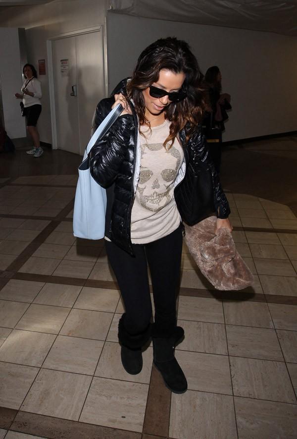Eva Longoria à l'aéroport de Los Angeles le 5 janvier 2014