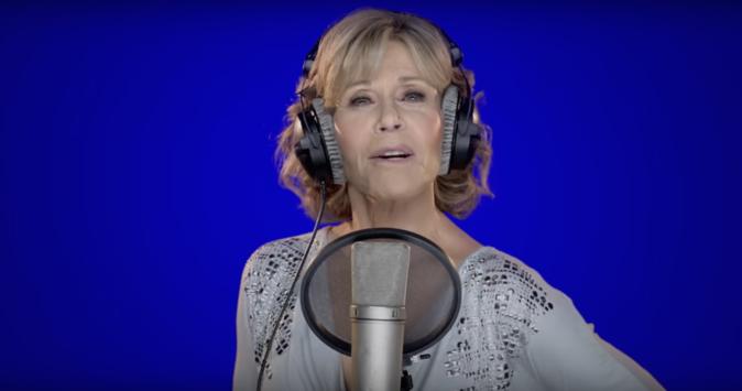 Jane Fonda pousse la chansonnette pour Hillary Clinton !
