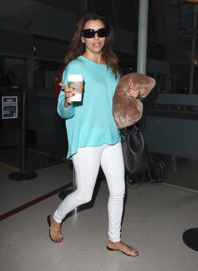 Eva Longoria à l'aéroport de Los Angeles le 19 avril 2013