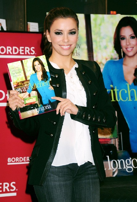 Un joli sourire qui donne envie d'acheter son livre !