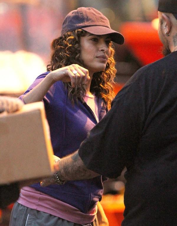 Eva Mendes sur le tournage de Clear History dans le Massachusetts le 2 octobre 2012