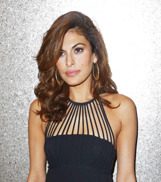 "Eva Mendes lors de la soirée des ""Vanidades Icons of Style Awards"" à New York, le 19 septembre 2013."