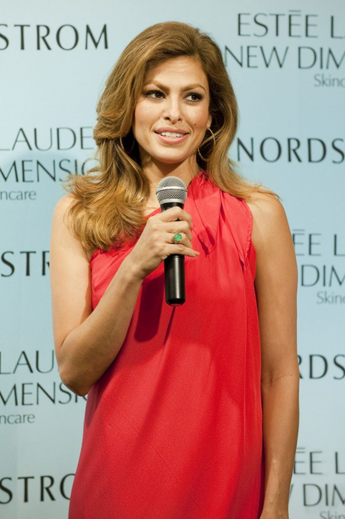 Eva Mendes à Miami, le 25 juillet 2015