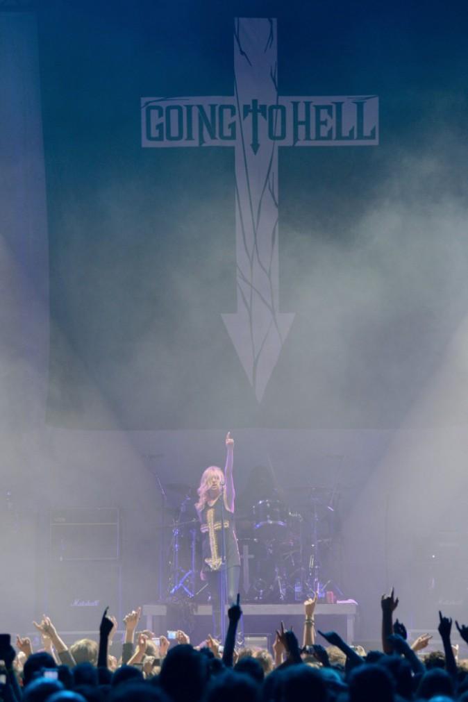 Taylor Momsen et les Pretty Reckless en concert au Zénith de Paris, le 12 mars 2014.