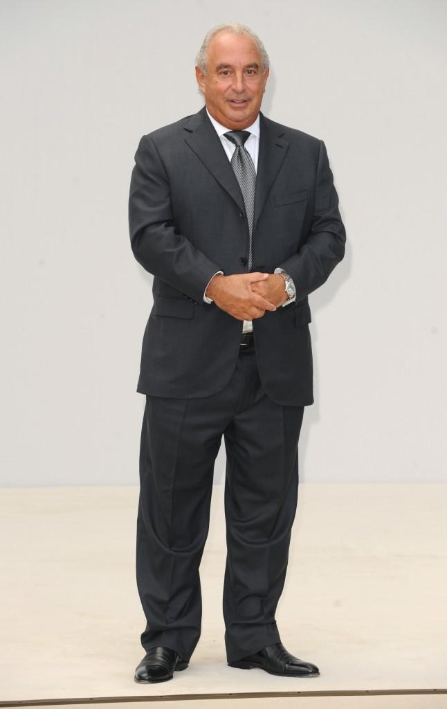 Sir Philip Green lors du défilé Burberry à Londres, le 19 septembre 2011.