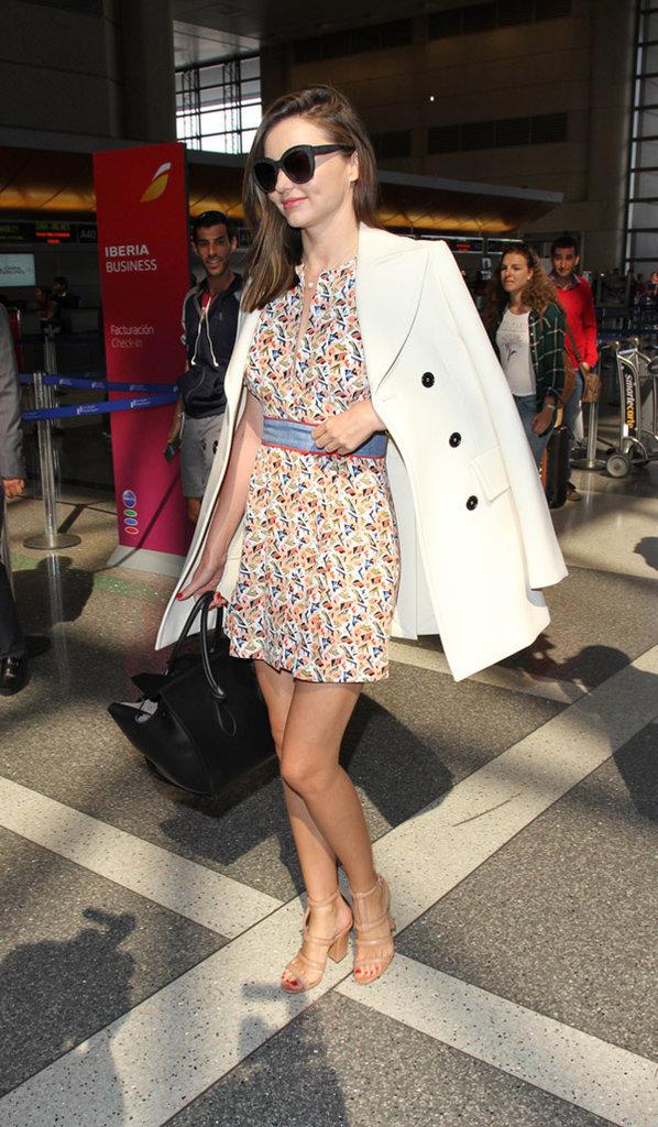 Miranda Kerr à l'aéroport de LAX le 5 octobre 2015