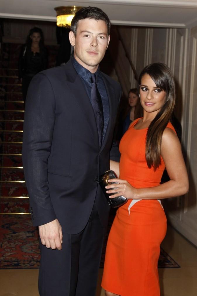Cory Monteith et Lea Michele lors du défilé Versace à Paris, le 1er juillet 2012.