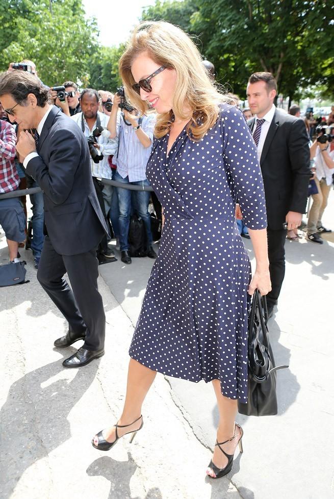 Valérie Trierweiler au défilé haute-couture Chanel organisé au Grand Palais, à Paris, le 2 juillet 2013