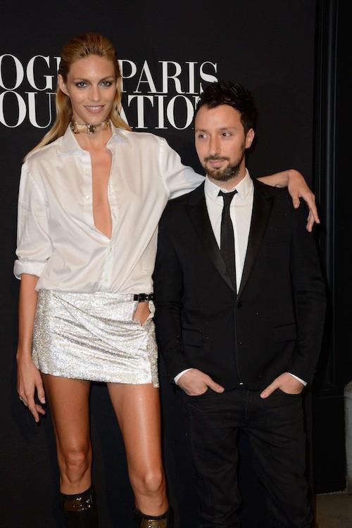 Anja Rubik en Versace au gala Vogue Foundation le 9 juillet 2014
