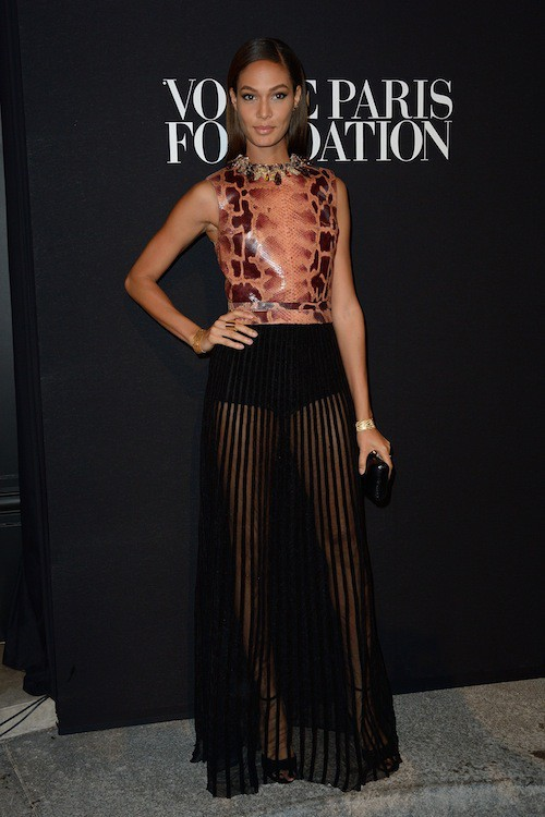 Joan Smalls en Givenchy au gala Vogue Foundation le 9 juillet 2014