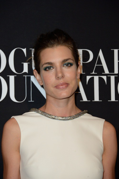 Photos : Fashion Week HC : Charlotte Casiraghi : sculpturale, elle incarne l'élégance au gala Vogue !