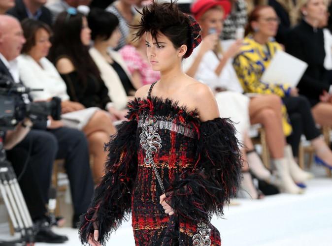 Fashion Week HC : Kendall Jenner : elle fait ses premiers pas haute-couture chez Chanel !