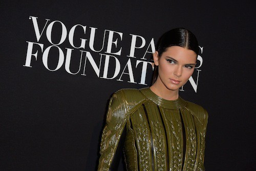 Photos : Fashion Week HC : Kim Kardashian et Kendall Jenner : vraies stars de la soirée Vogue Paris !