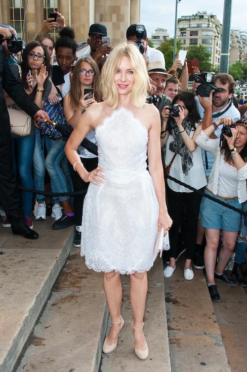 Photos : Fashion Week : Naomi Watts, encore une qui ne fait pas son âge !