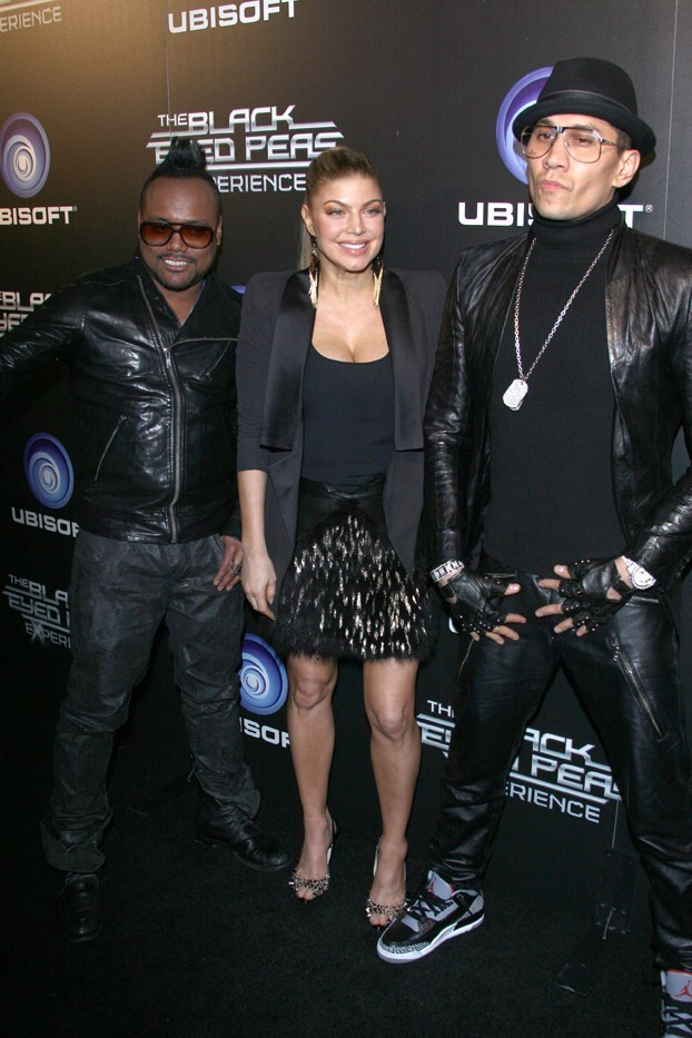 Apl.de.Ap, Fergie et Taboo lors du lancement du jeu The Black Eyed Peas Experience, à Los Angeles le 21 novembre 2011.