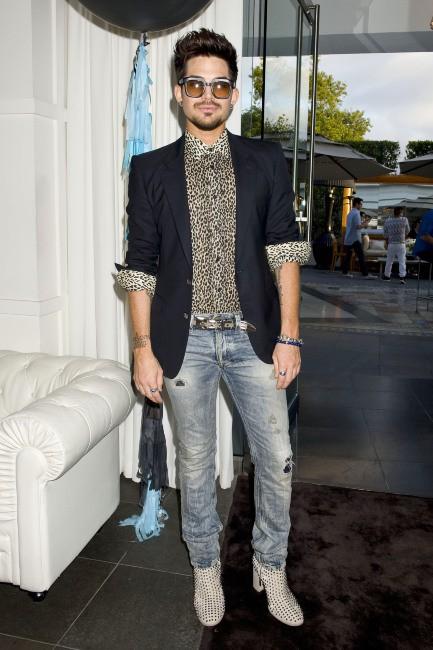 Adam Lanbert lors de la baby shower de Fergie, le 28 juillet à Brentwood.