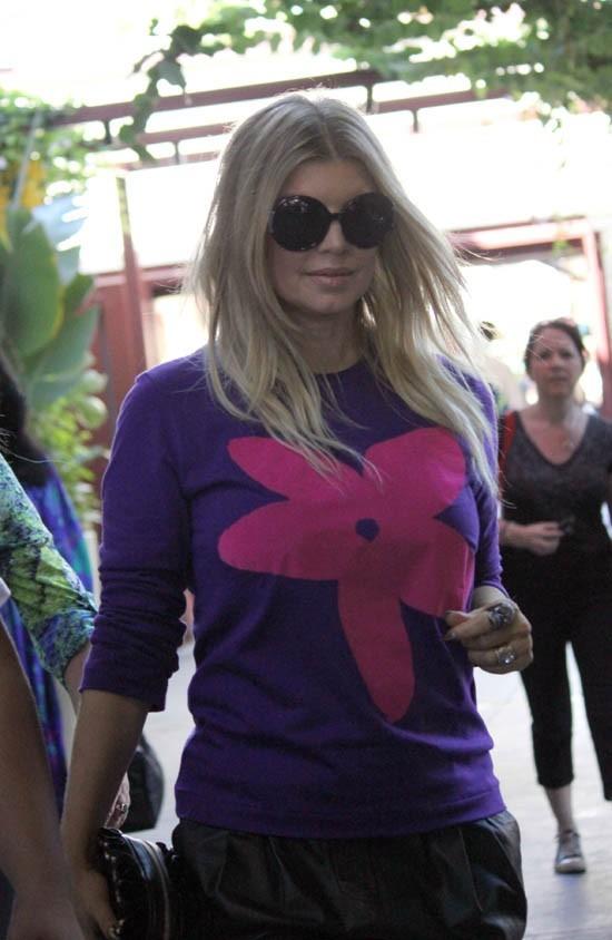 Fergie à l'émission Extra le 16 octobre 2012 à Los Angeles