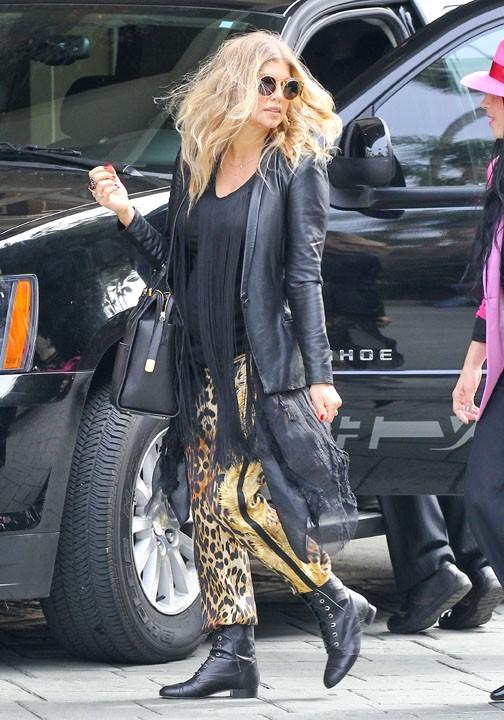 Fergie avec une amie à Beverly Hills le 6 mars 2013