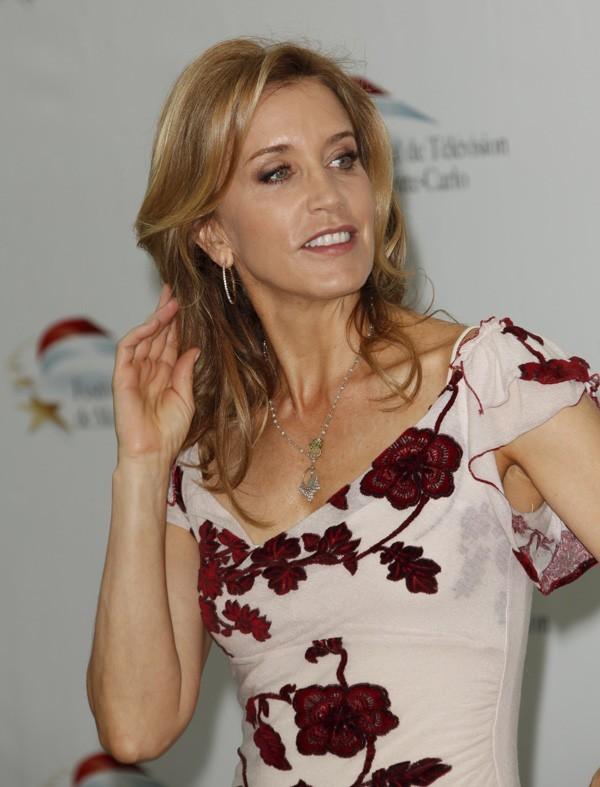 Comme Eva Longoria, Felicity le vaut bien ?