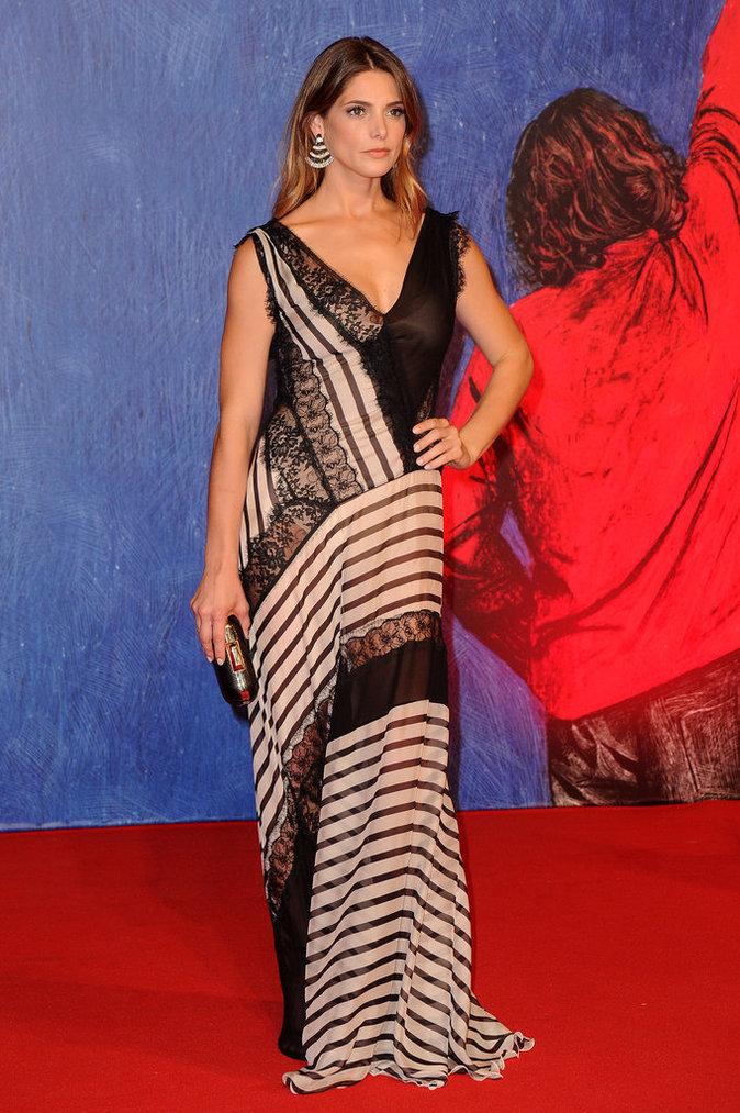 Ashley Greene en Alberta Ferretti au Festival de Venise ce samedi 3 septembre 2016