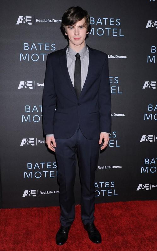 Freddie Highmore à l'avant-première de sa nouvelle série, Bates Motel