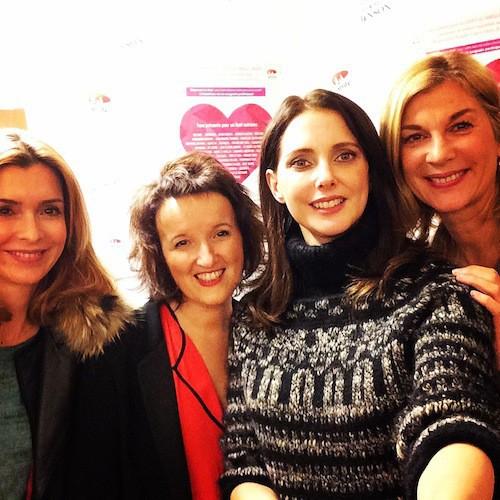 """Photos : Frédérique Bel, Anne Roumanoff, Michèle Laroque : """"le smile"""" pour Noël et pour les enfants malades !"""