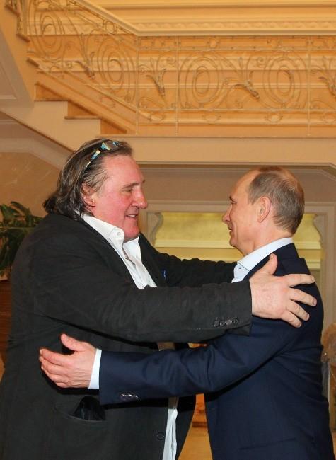 Vladimir Poutine a octroyé la nationalité russe à l'acteur français