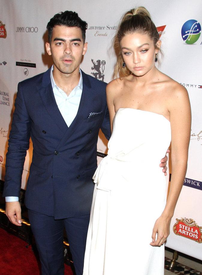 Gigi Hadid et Joe Jonas à New York le 8 octobre 2015