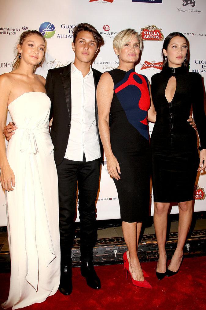 Gigi Hadid et sa famille le 8 octobre 2015 à New York